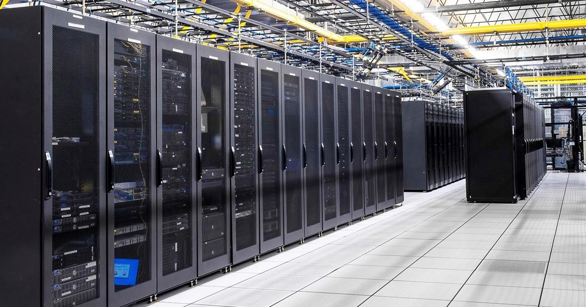 5 Reasons Why You Must Consider Azure SQL Database Over SQL Server
